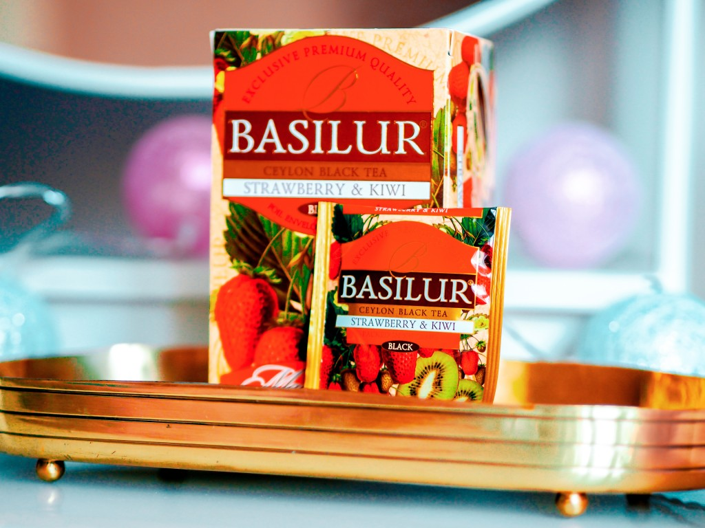 Basilur_Strawberry_Kiwi_Black_Tea_Mixtee